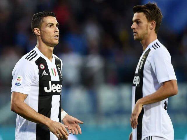 Cristiano Ronaldo İtalya'ya dönmeyeceğini açıkladı!